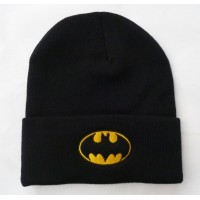 Шапка с логотипом Бэтмена