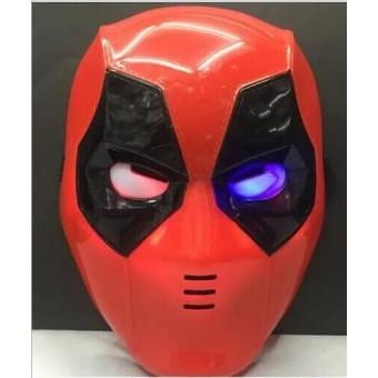 Светящаяся маска с Дэдпулом